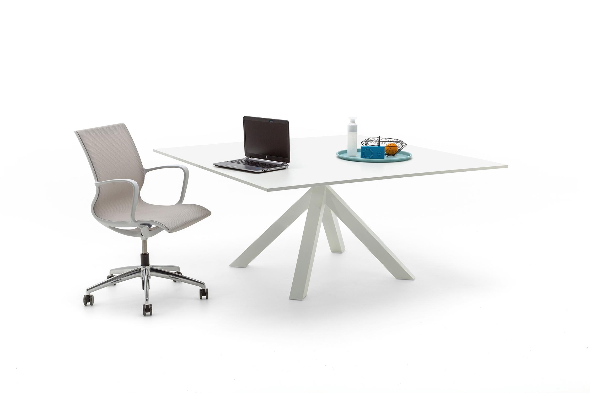 Gispen dukdalf tafel up kantoorinrichting