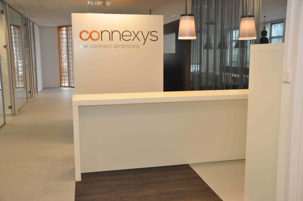 Connexys - UP kantoorinrichting